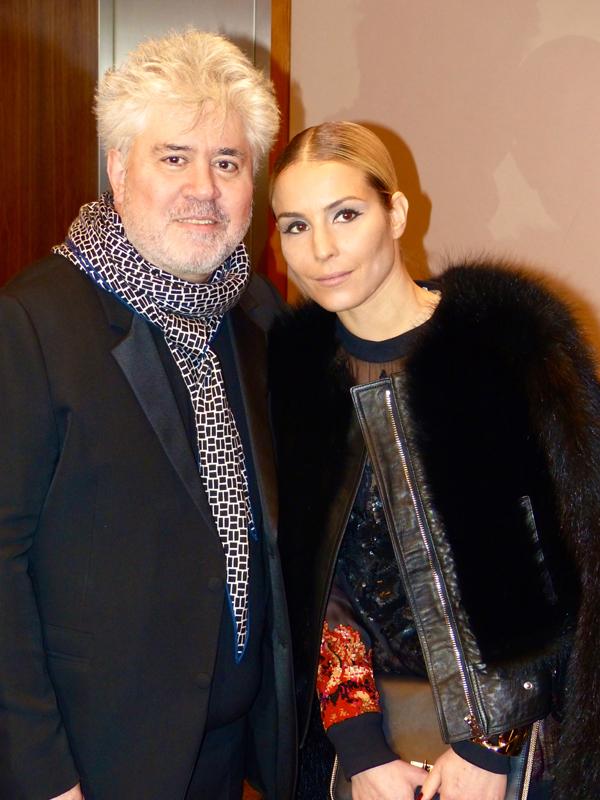 Pedro Almodóvar y Noomi Rapace